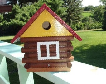 RED ROOF LOG Birdhouse
