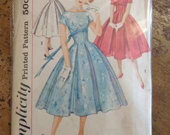 Vintage Simplicity 2478 Dress Sewing Pattern 30 Inch Bust