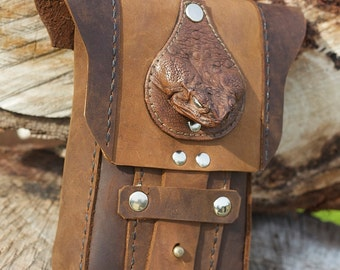 Cane Toad brown leather belt pouch iphone protecter