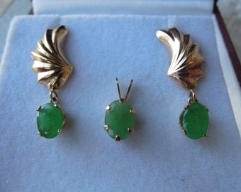 Antique Genuine Natural Emerald and Solid 14k Yellow Gold Dangle Drop Earrings with Pendant