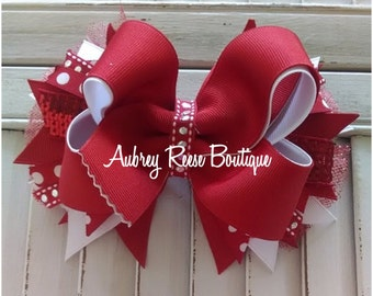 Red and white medium bow