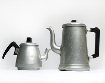 Set of 2 French antique  coffee pots in aluminium,1930, kitchen decor