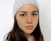 Cabled ice gray wool beanie