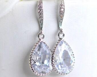 Bridal Drop Earrings. Wedding Jewelry. Cubic Zirconia Drop Earrings in Silver. Dangle Earrings. Bridal Jewelry.