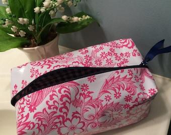 Dopp Kit/ Toiletry Bag/ Travel Case/ Cosmetic Bag/ akeup Bag/ Bathroom Organizer/Travel Bag/Womens Dopp Kit/Dance Team Gift/ Graduation gift