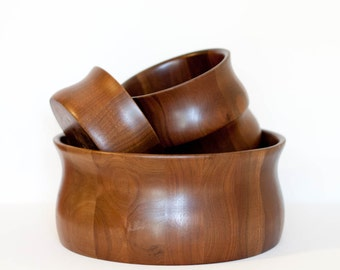Vintage wooden walnut bowl set, snack set with large serving bowl and four small bowls
