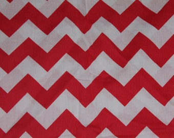 Red and White Chevron Crib/Toddler Bed Fitted Sheet