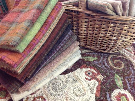Rug Hooking WOOL PACK for Revised Spiral Chicken, Primitive Rug Hooking, WP201, Folk Art Wool Pack, Applique Wool Pack