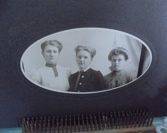 Vintage cabinet card with three lovely ladies