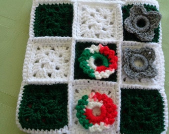 Crocheted TicTacToe Game/Carrying Case