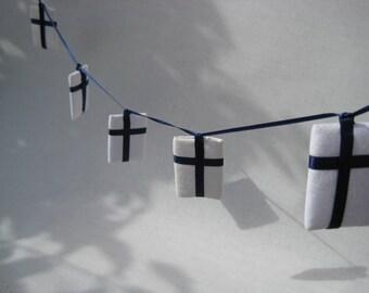 Finnish Flag Hanging Garland