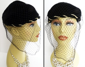 Vintage 1940s Hat // Veil // Black//Swirling Pearls//40s hat/Courture