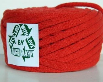 Recycled T-Shirt Yarn, Red 37 Yards , T Shirt Yarn, Bulky Tarn