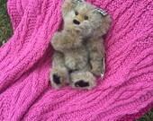 Hand Knit Pink Diamond & Bobble Baby Blanket / Afghan