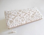 White Lace Bridal Clutch, Classic Romantic Wedding Clutch for Bride, Elegant Cosmetic Purse