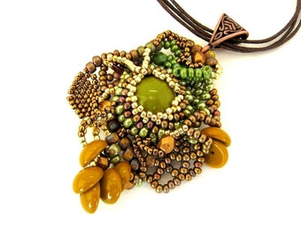 Beaded pendant, Beaded necklace, Beaded jewelry, Seed bead necklace, Boho jewelry, Gifts for her, Necklace for women