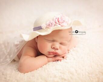 Newborn Easter Bonnet. Baby Cloche Hat. Lady Edith Cloche. Vintage style Cloche Hat. Felt Cloche.Newborn Photography Prop.UK SELLER