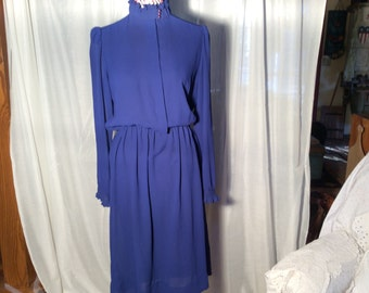Lizzy and Johnny women 1X (14-16) sheer blue shirtwaist dress--high collar