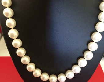 Big Bold Beautiful Classic 12mm Round Glossy Pearl Necklace