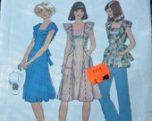 Pinafore Dress Pattern Vintage Ruffle Shoulder Size Small 1970s Simplicity 7438