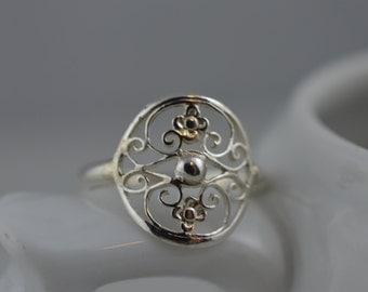 Sterling Silver Statement Ring / 925 Filigree / Flower / Floral