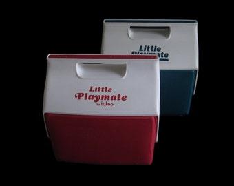 Igloo Little Playmate Cooler side button Red Blue Vintage 1980s