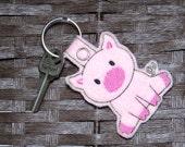 Key Chain, Pig Keychain, Animal Key Fob, Novelty Key Ring, Zoo Animal Key Chain, Embroidered Key Fob, Cute Pink Pig Felt Key Chain