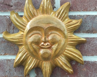 Happy Sun Face Large - stained yellowish brown
