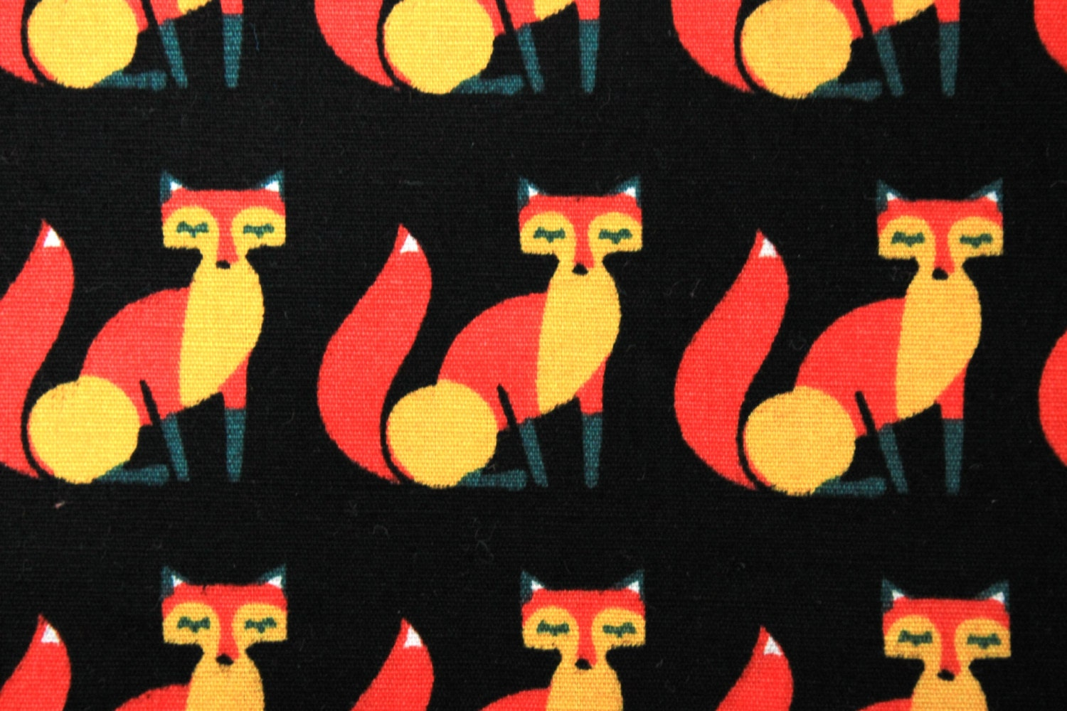 Foxes fabric, Foxes quilting cotton fabric, Vixen fabric UK shop ... : quilting fabric uk - Adamdwight.com