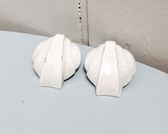 Vintage 1980s White Aluminum Pierced Earrings