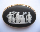 Vintage Wedgwood Cameo 14K Gold Frame Excellent Condition Total Weight 12.1 Grams
