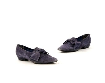 Vintage 1980's Colin Stuart Dusty Blue Suede Leather Large Bow Small Heel Casual Shoes 6.7 - 7