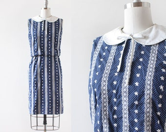 Embroidered Dress / 1960s Dress / Peter Pan Collar Dress / Navy Blue and White Dress / Floral Polka Dot Dress / XS Small