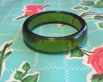 Vintage green lucite bracelet