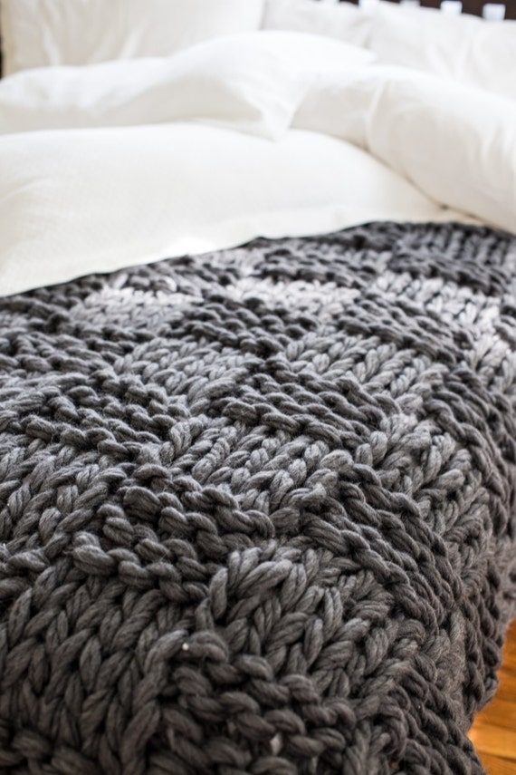 Knitting Pattern Blanket Throw : Chunky Knit Throw Blanket Pattern Arm Knitting