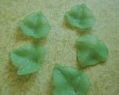 5 Pc Grape Leaves Leaf Beads Charms Green Frosted Acrylic Dimensional Focal Jewelry