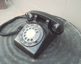 Black Rotary Dial Telephone Phone - Bell System Western Electric - Retro Collectible Works Great - American Retro