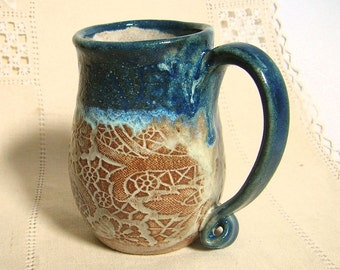 Pottery Coffee Mug, HandThrown Stoneware Tea Cup, 12 oz, Lace Texture, Dark Blue, Light Brown, Foam White with Large Handle