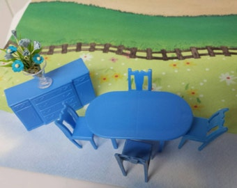 Marx Dining room  Sideboard Table  Toy Dollhouse Traditional Style hard plastic