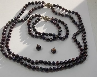 Peacock Pearl Double strand Necklace, Bracelet and Pierced Earrings Set