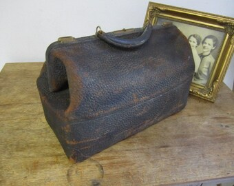 Walrus or Elephant Hide Gladstone / Doctor's Bag. Distressed Gladstone Bag. Doctor's Bag.