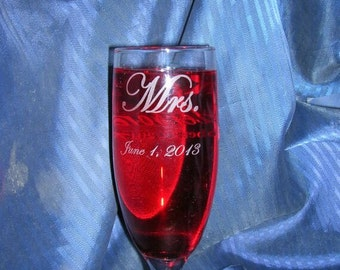 Etch flute glass, champagne flute glass, engraved flute glass, wedding glass flute, etched champagne glass, custom glass, personalized glass