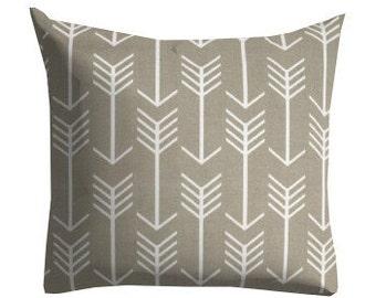 Outdoor Pillows, Decorative Outdoor Pillows,Patio Decor, Outdoor Throw Pillows, Patio Pillows, Pillow Covers, Arrow Pillows