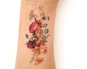 Vintage floral temporary tattoo. Fresh bouquet of flowers tattoo. Women, fashion, romantic, spring, flowers, vintage, tattoo, temporary, ink