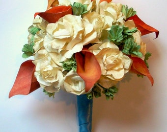 Alternative bouquet of paper roses and calla lillies