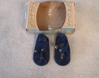 """Pair of 18""""- 20"""" Doll Blue Suede T-strap shoes mint in box Dolly's RARE"""