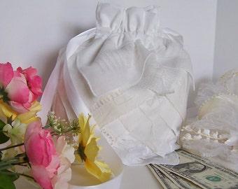 Dollar Dance Wedding Money Dance Bag Reception Tradition Wedding Card Bridal Accessory Vintage Handkerchiefs Drawstring Pouch in White