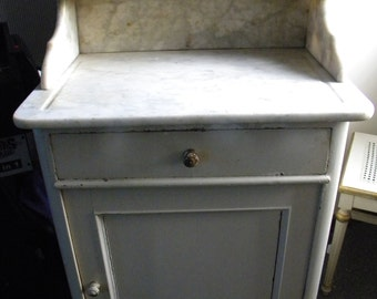 good shape antique early to mid 1800s MARBLE TOP WASHSTAND  pick up only