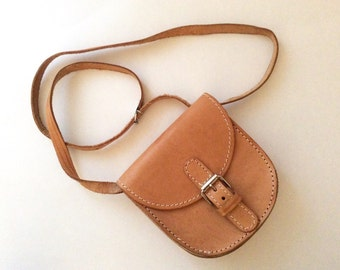 Shoulder bag leather light beige Mini Minimal 90s trend fashion accessory small bag satchel  boho hippy indie