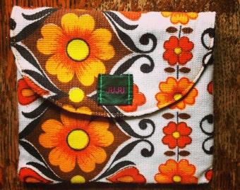 JUJU square pouch